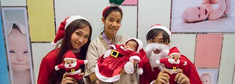 โรงพยาบาลเกษมราษฎร์ บางแค ส่งมอบความสุขให้เด็กๆ ในเทศกาลคริสต์มาสในปี 2017