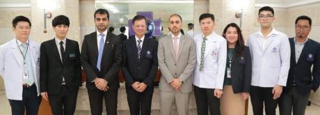 ต้อนรับ Major. Eissa Salem Ahmed Alkaabi, Director of Military Office และ Mr. Mohammed Alshehhi Head of Medical Department จากสถานฑูตสหรัฐอาหรับเอมิเรตส์ประจำประเทศไทย