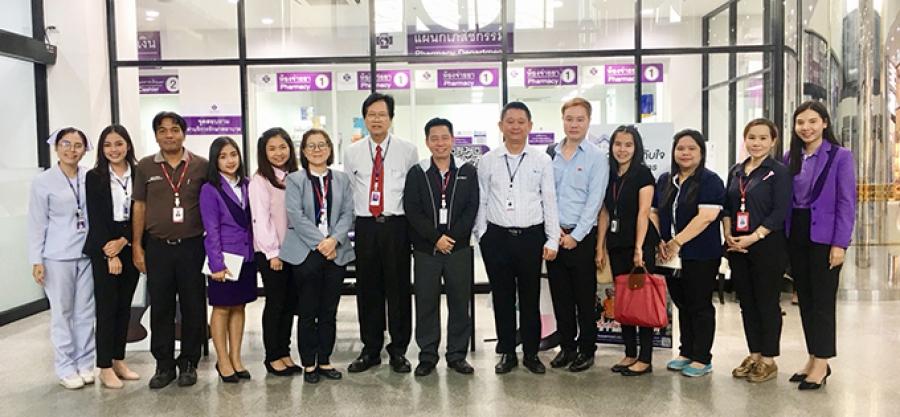 บริษัท อีซูซุมอเตอร์ (ประเทศไทย) จำกัด และ บริษัท โตเกียวมารีนประกันชีวิต (ประเทศไทย) จำกัด (มหาชน) เข้าเยี่ยมชมโรงพยาบาล